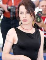 The photo image of Fairuza Balk. Down load movies of the actor Fairuza Balk. Enjoy the super quality of films where Fairuza Balk starred in.
