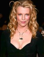 The photo image of Kim Basinger. Down load movies of the actor Kim Basinger. Enjoy the super quality of films where Kim Basinger starred in.