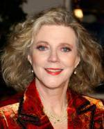 The photo image of Blythe Danner. Down load movies of the actor Blythe Danner. Enjoy the super quality of films where Blythe Danner starred in.