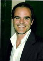 The photo image of Michael Kelly. Down load movies of the actor Michael Kelly. Enjoy the super quality of films where Michael Kelly starred in.