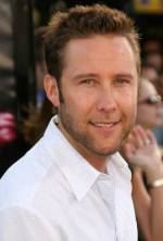 The photo image of Michael Rosenbaum. Down load movies of the actor Michael Rosenbaum. Enjoy the super quality of films where Michael Rosenbaum starred in.