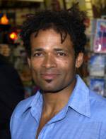 The photo image of Mario Van Peebles. Down load movies of the actor Mario Van Peebles. Enjoy the super quality of films where Mario Van Peebles starred in.