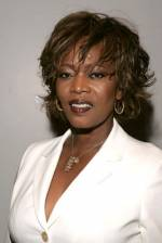The photo image of Alfre Woodard. Down load movies of the actor Alfre Woodard. Enjoy the super quality of films where Alfre Woodard starred in.